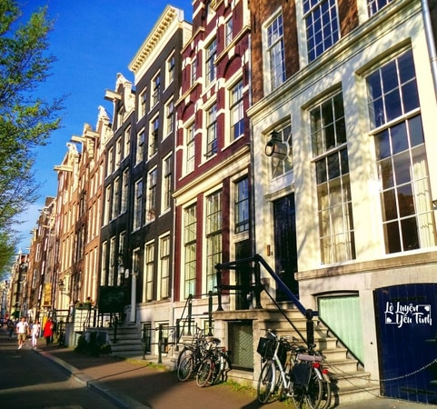 [Sex]: 10 Bí Quyết Của Gái Ngành Amsterdam
