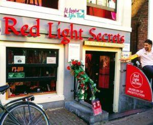 [Du Lịch]: Phố Đèn Đỏ – De Wallen, Amsterdam